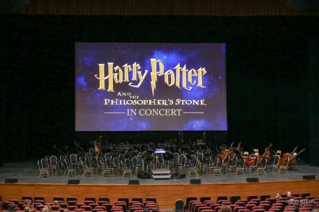"""""""Гарри Поттер и философский камень"""" показали в сопровождении симфонического оркестра"""