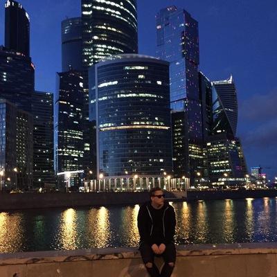 Данила Николаев