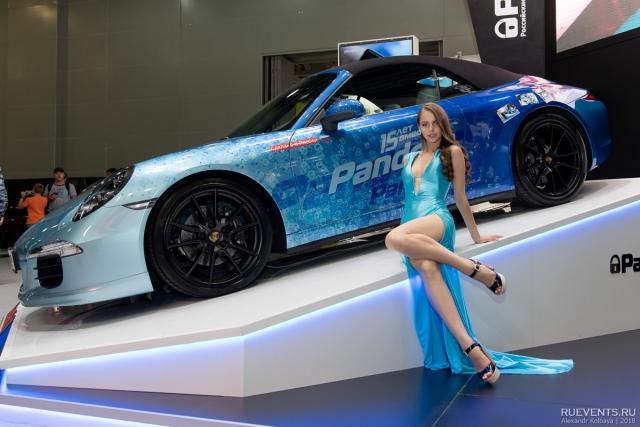 Девушки Московского Международного автосалона - ММАС 2018