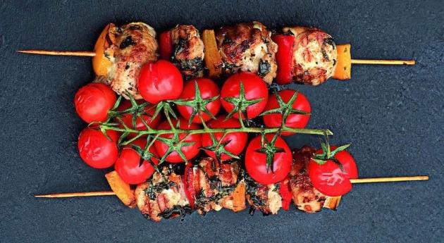 Пикник с пользой: готовим шашлык по рецепту диетолога