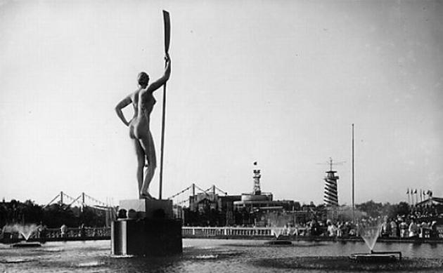 20  июля москвичи отметят 80 – летие самого известного памятника советской эпохи – «Девушки с веслом»