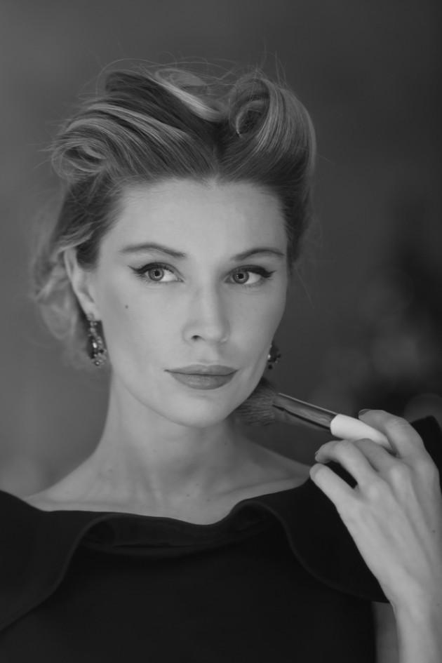 Как избавиться от излишней застенчивости, рассказывает актриса театра и кино Дарья Погодина